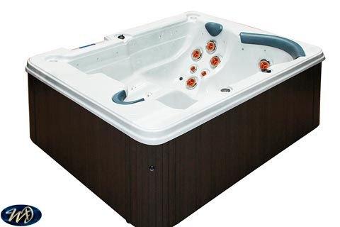 Hot Tub Moonlight Tornado 3 D , 3 Person , 1 Pump